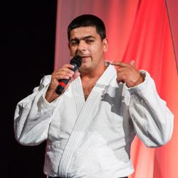 Ивайло Петров